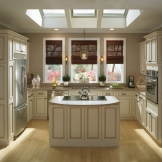 HomeCrest_Cabinetry_ivory_kitchen_cabinets.jpg