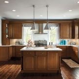 HomeCrest_Cabinetry_kitchen_with_maple_cabinets.jpg