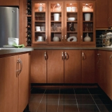 Homecrest_Cabinetry_contemporary_maple_kitchen_cabinets_3.jpg