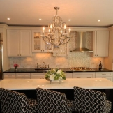 DP_Christine-Baumann-romantic-kitchen-chandelier_s4x3_lg.jpg